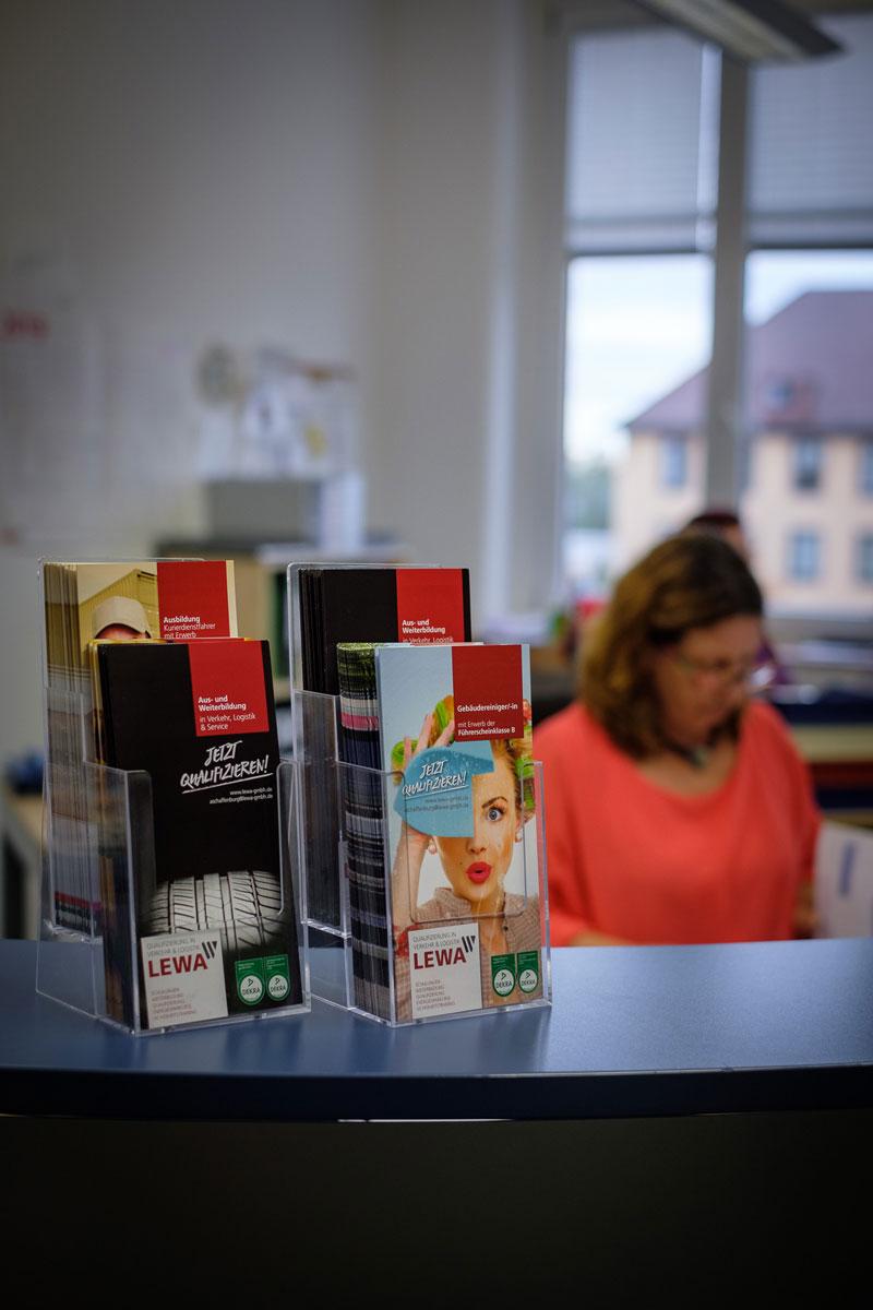 LEWA Aschaffenburg Qualifizierung LKW Führerschein Bus Führerschein