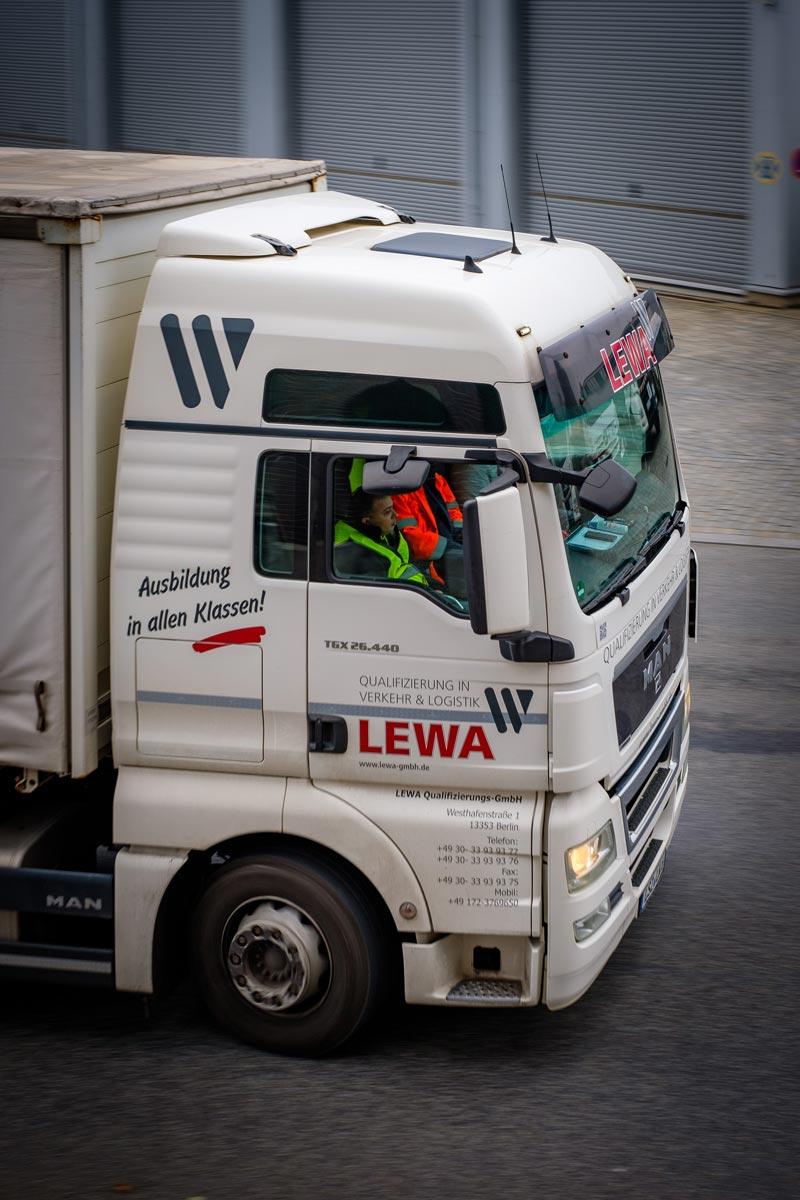 Erstklassige Berufskraftfahrer-Ausbildung in Berlin